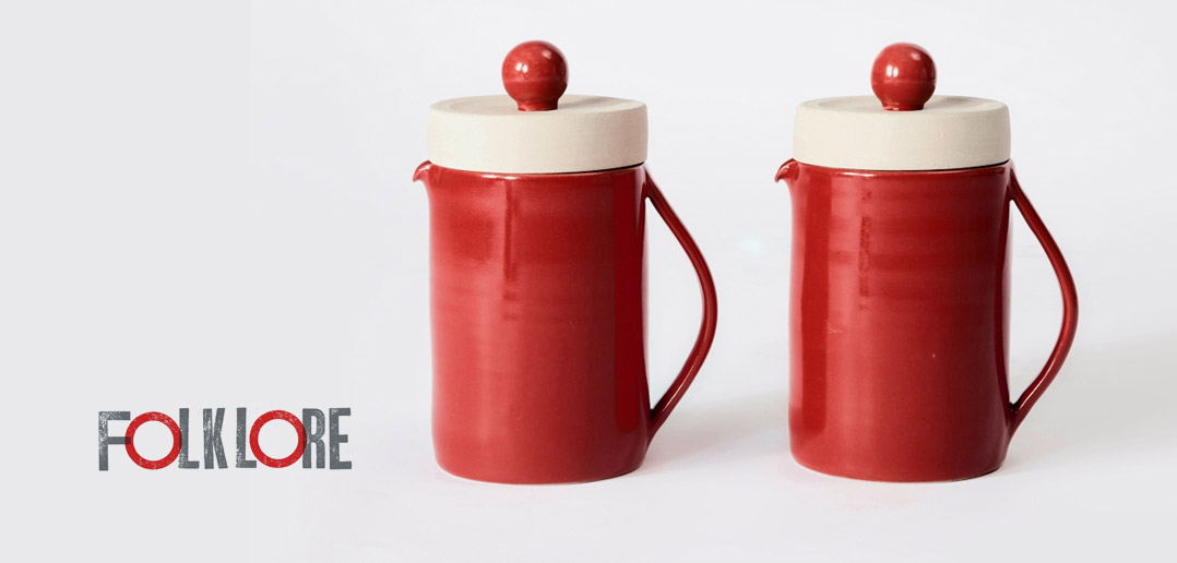 Red and White Teapots