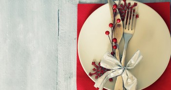 Christmas Dinner Table Place Setting