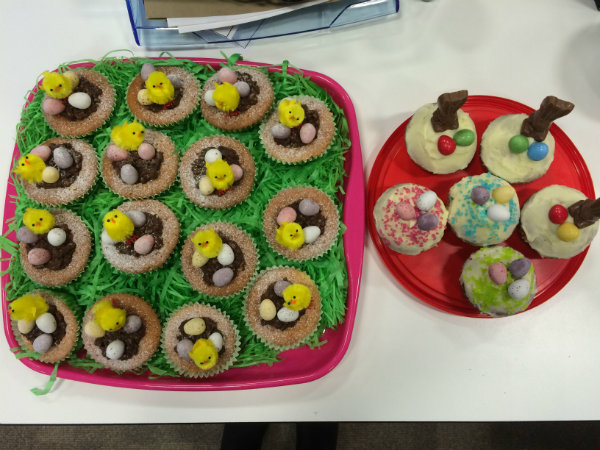Sping Bakes Easter Cupcakes