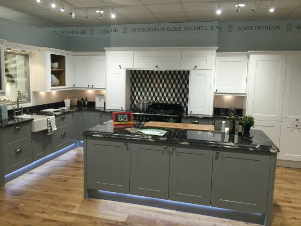 Gullwing Grey and Granite Traditional Linda Barker Kitchen