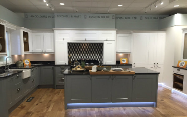 Linda Barker Wren Kitchen Gullwing Grey