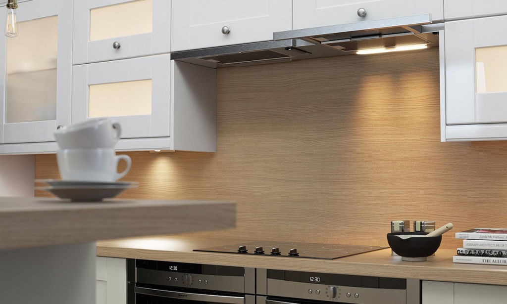 Wren Shaker Cream Gloss Kitchen