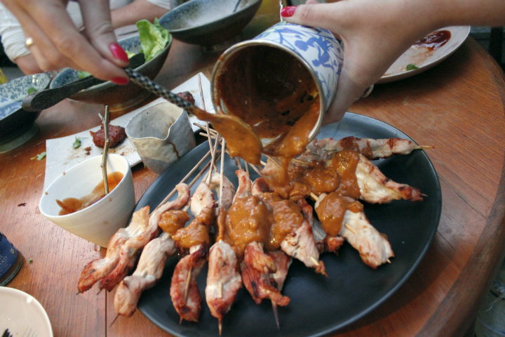 Linda Barker's Chicken Satay Skewers Recipe