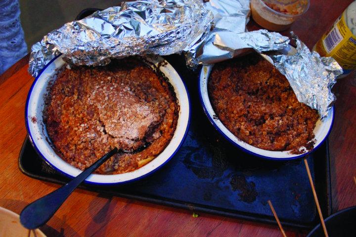 Linda Barker's BBQ Apple Crisp