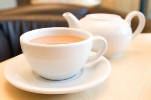 Tea Cup and Tea Pot Set