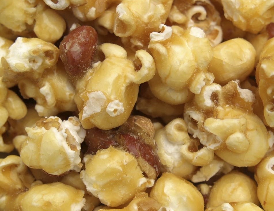 Caramel popcorn with almonds and pecans