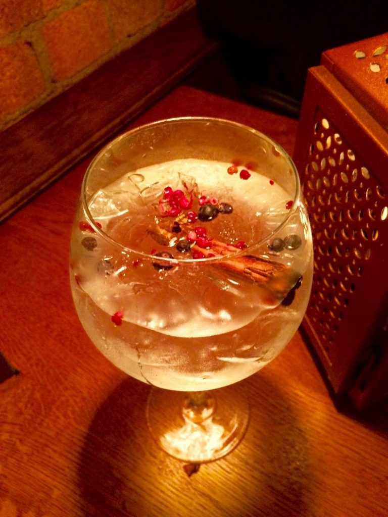 Cinnamon and pink peppercorn gin and tonic