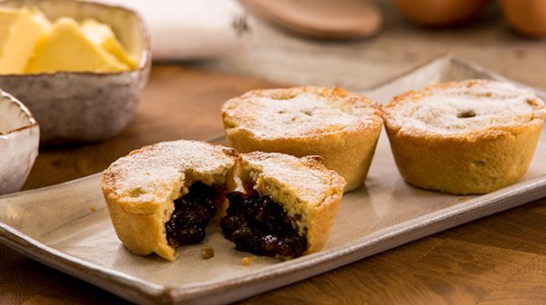 Freshly Baked Mince Pies