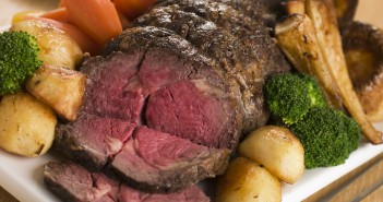 Roast Beef Dinner With Vegetables
