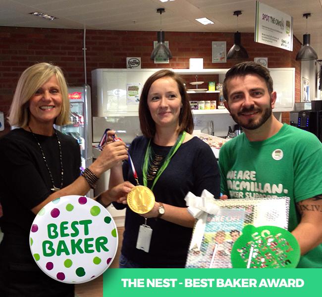 Linda Presenting Best Baker Award