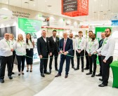 LEGENDARY FOOTBALLER OPENS WREN KITCHENS SHOWROOM IN SUNDERLAND