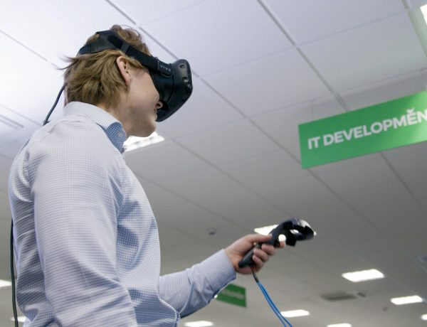 Wren Kitchens' virtual reality been tested in IT department